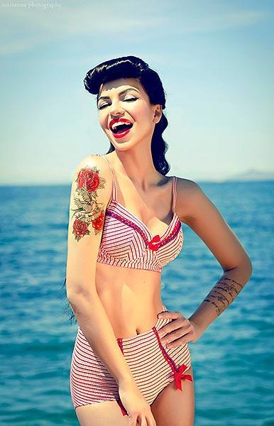 Summer bikini pinup